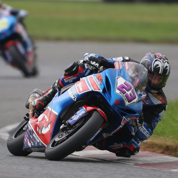 Lucas Silva (23) continued his streak of top-ten finishes on his GSX-R600 in New Jersey